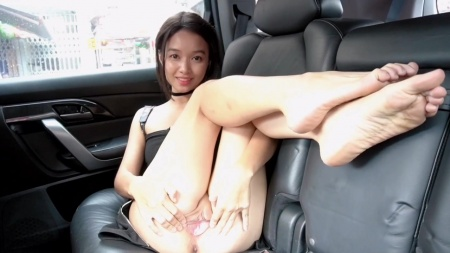 Kylie NG Fingers her Pussy until Orgasm 1
